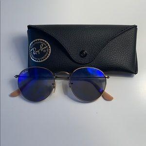 Ray-Ban Round Flash Sunglasses - blue lenses